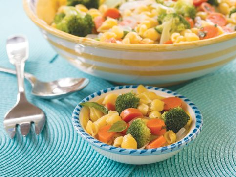 pasta with vegetables in a bowl
